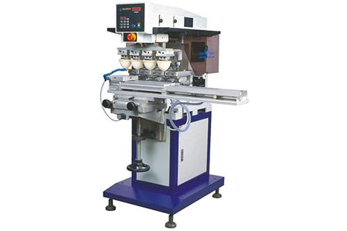 SP-846 SD     4-Farben Tampondruckmachine mit pneumatischen Lineareinheit
